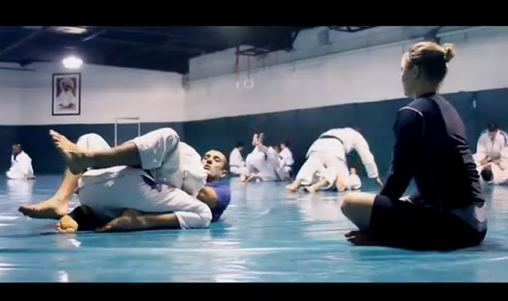 Ronda Rousey Training At The Gracie Academy In California.