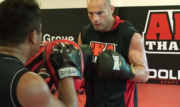 Mike Swick vs Alex Garcia UFC 189.