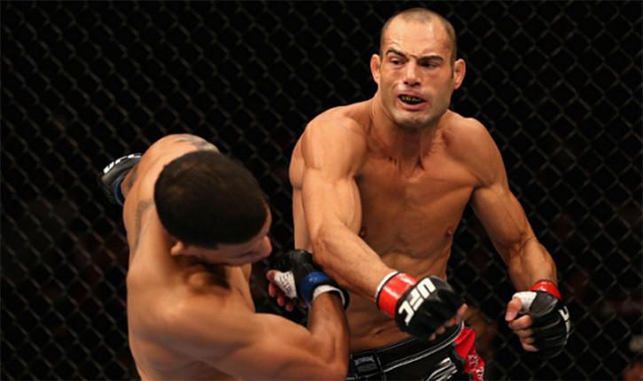 Mike Swick makes his comeback at UFC 189.