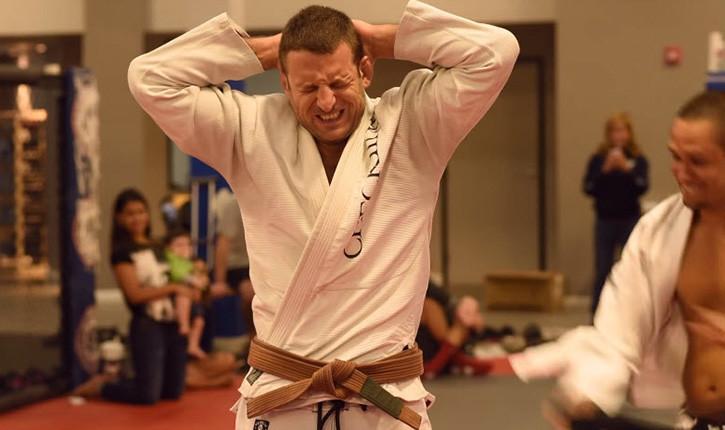 Tarec Saffedine getting BJJ Black Belt.