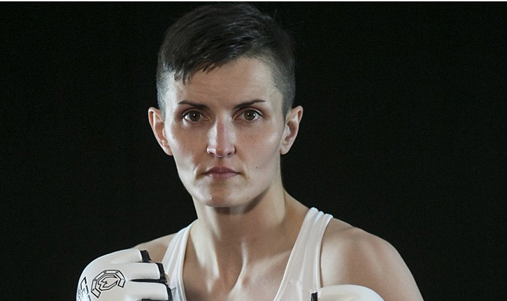 Catherine Costigan fights at Invicta 13.