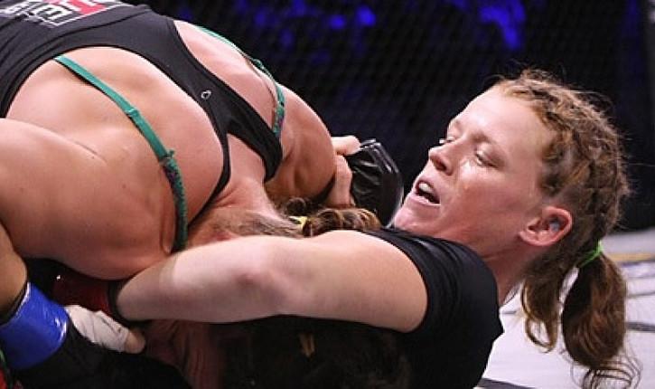 Tonya Evinger Invicta 14 defends her title.