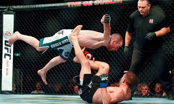 Neil Seery wins with a huge punch at ufc Dublin.