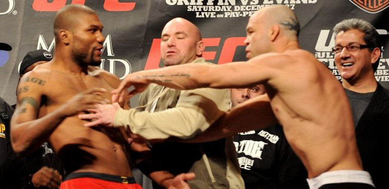 Wanderlei Silva vs. Quinton Jackson: the weigh in staredown prior to their third fight.