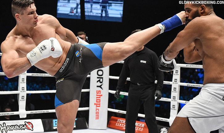 Rico Verhoeven lands crushing left head kick.