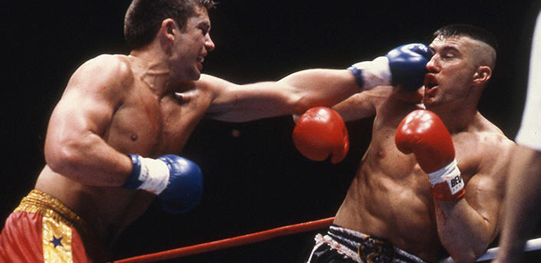 Peter Aerts vs Jerome Le Banner in K1.