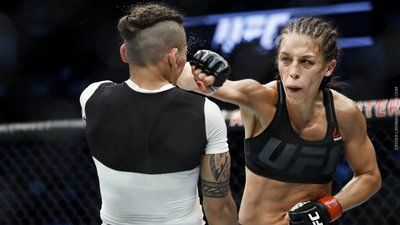 Joanna jedrzejczyk vs jessica andrade in the UFC.