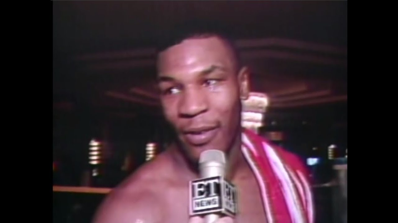 Mike Tyson Beats Mitch Green.