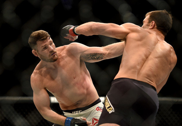 Bisping lands a right hand on Rockhold.