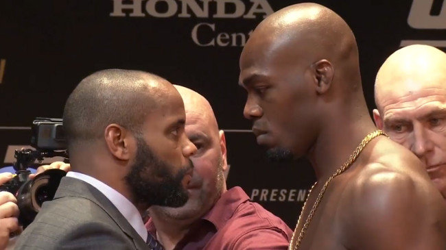 Cormier vs Jones face-off.