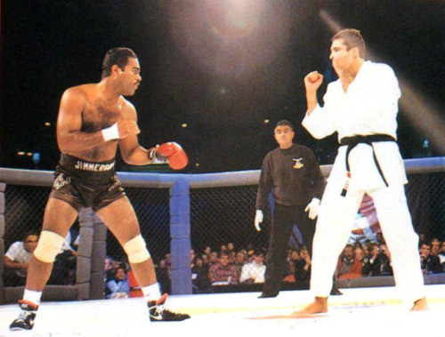 Royce Gracie old UFC versus boxer with one glove.