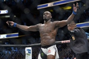 Jon Jones with yet another dominating performance gets the win.