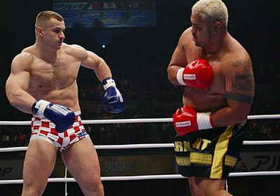 Heavyweight Mirko Cro Cop Fighting Mark Hunt.