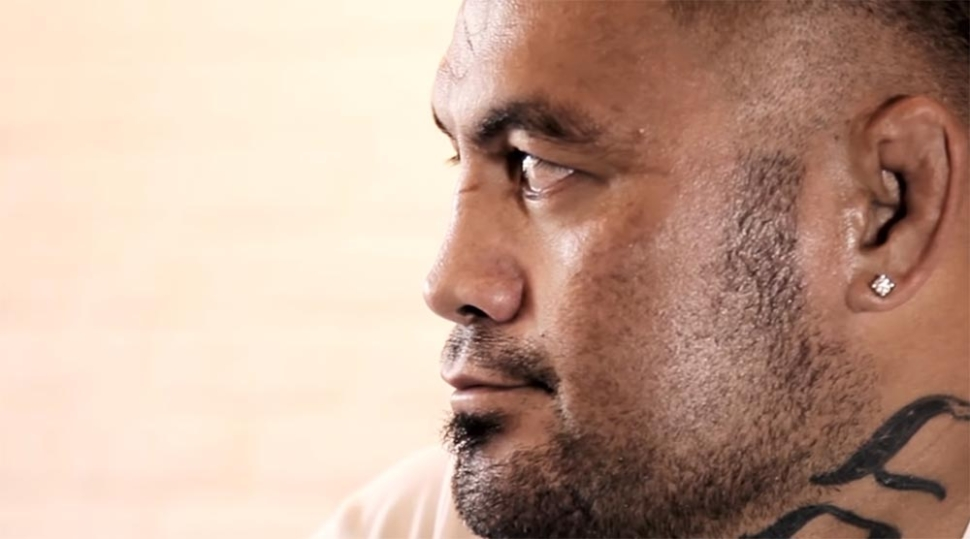 Mark Hunt chats with penthouse about nightclub brawl.