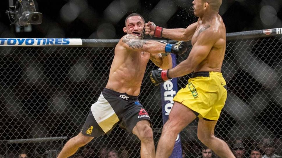 Champion Jose aldo defends his title Frankie edgar full fight.